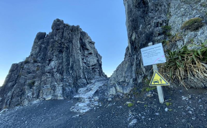 img-devils-gate
