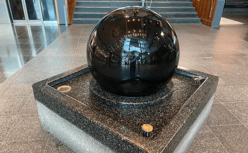 img-ball